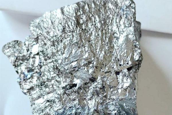 回收硝酸银一公斤多少钱-「回收含银废料」